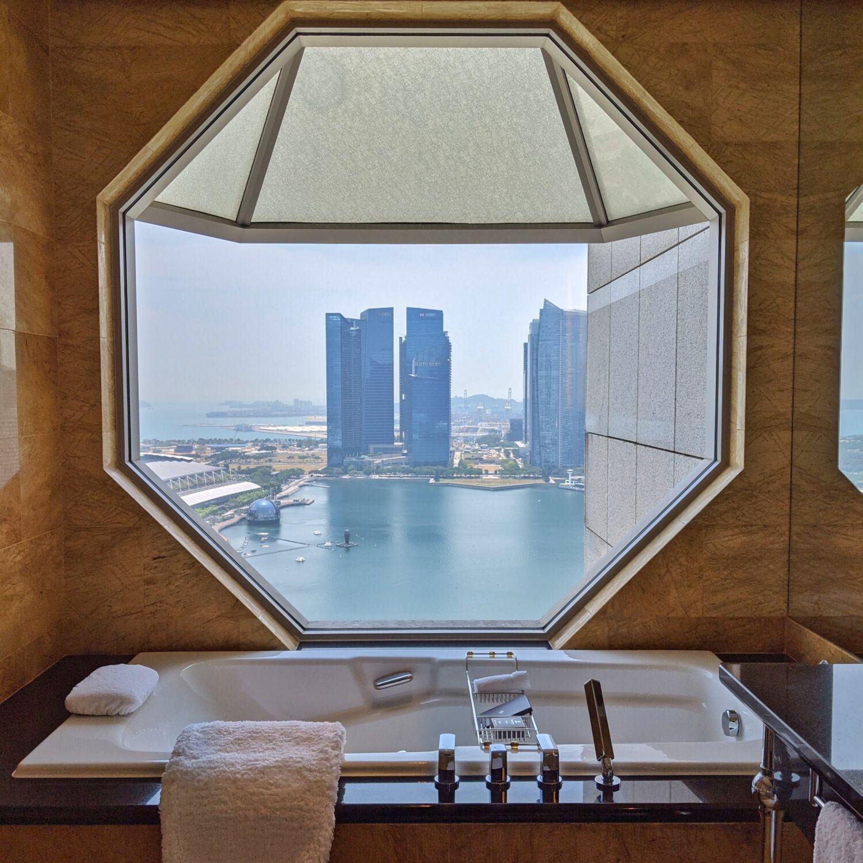 The Ritz-Carlton Millenia Singapore One-Bedroom Millenia Suite Bathroom
