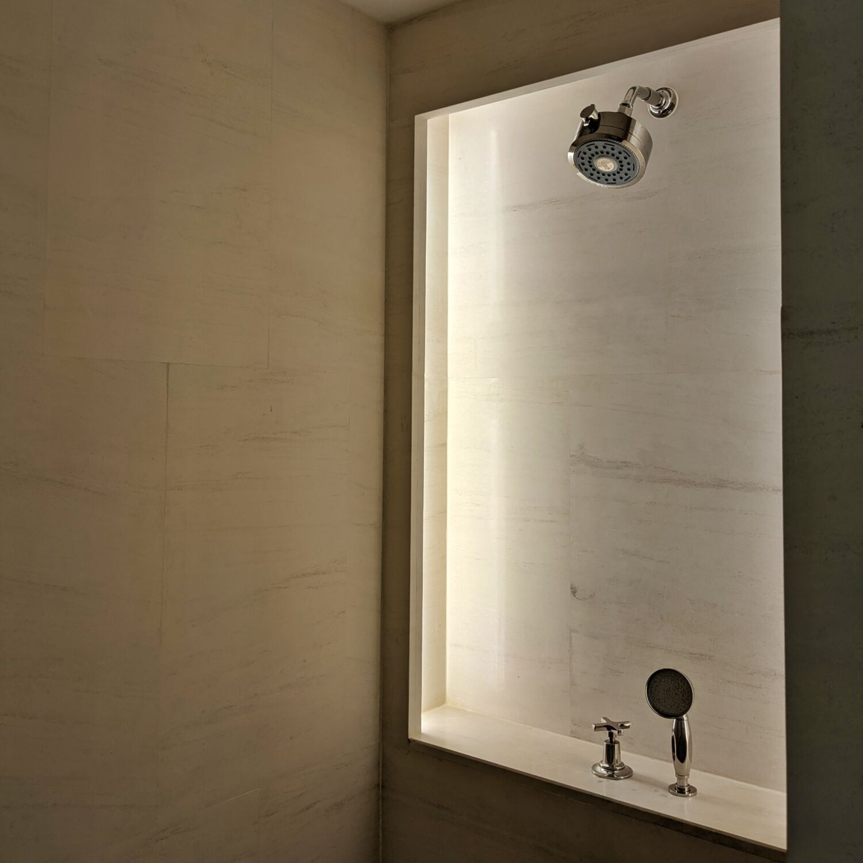 The Capitol Kempinski Hotel Singapore Classic Room Bathroom