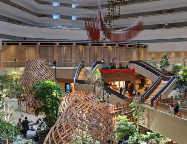 Hotel Review: PARKROYAL COLLECTION Marina Bay, Singapore (Urban Room) – Immersive Garden-Within-A-Hotel Experience Next to Marina Bay