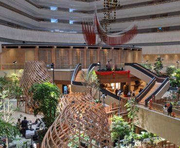 PARKROYAL COLLECTION Marina Bay Singapore Atrium