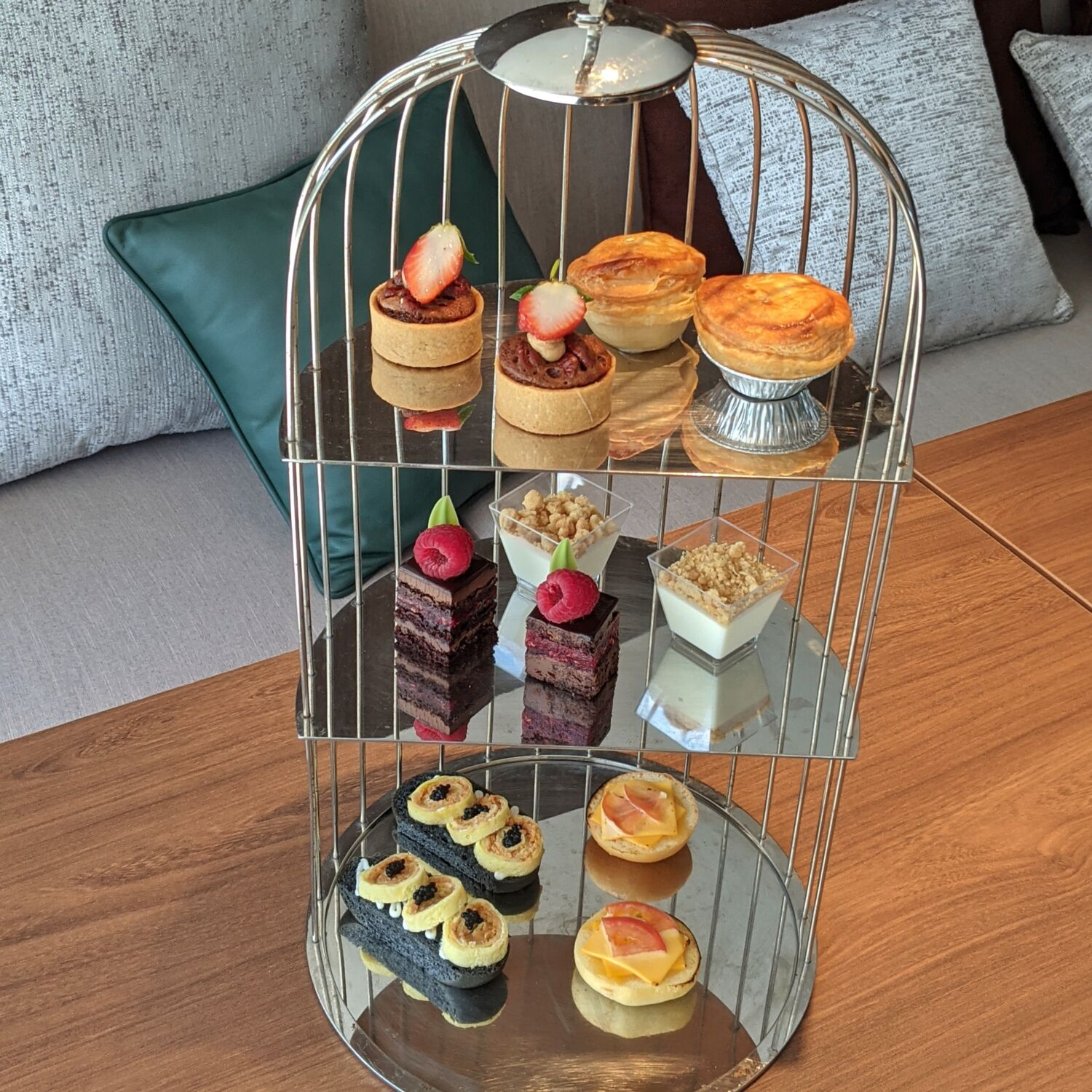 PARKROYAL COLLECTION Marina Bay COLLECTION Club Lounge Afternoon High Tea
