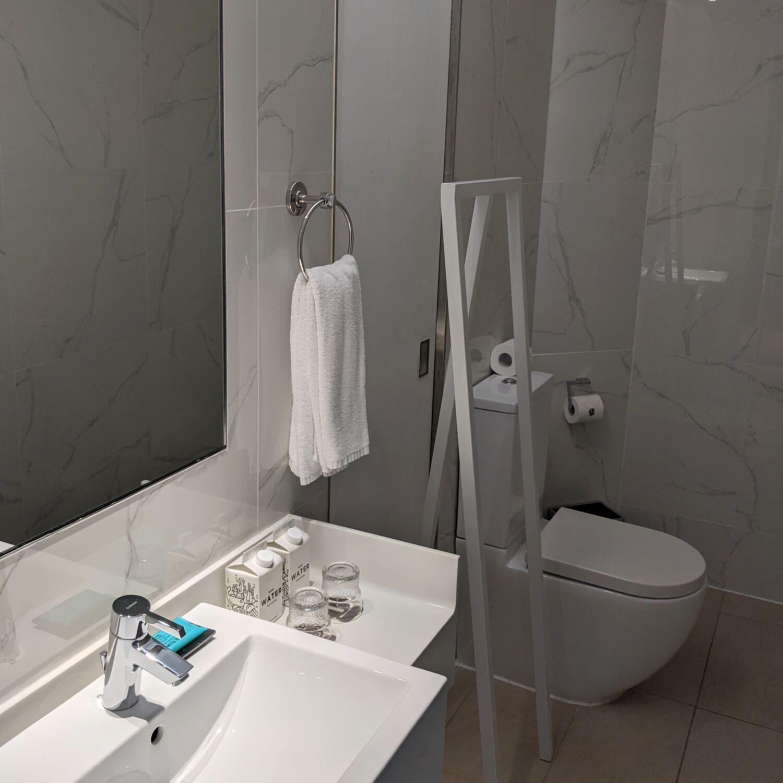 Hotel G Singapore Greater Room with Balcony Washroom