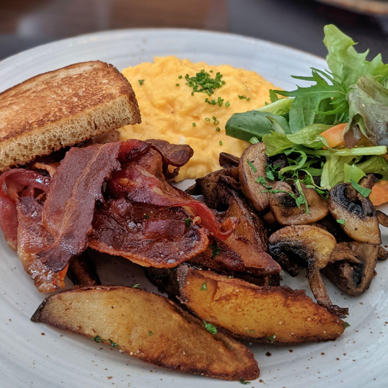 Hotel G Singapore Ginett Classic Breakfast